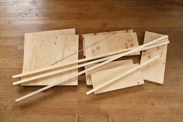 畳んで収納、開いてカフェに!収納力も抜群な移動式バタフライテーブルをDIY