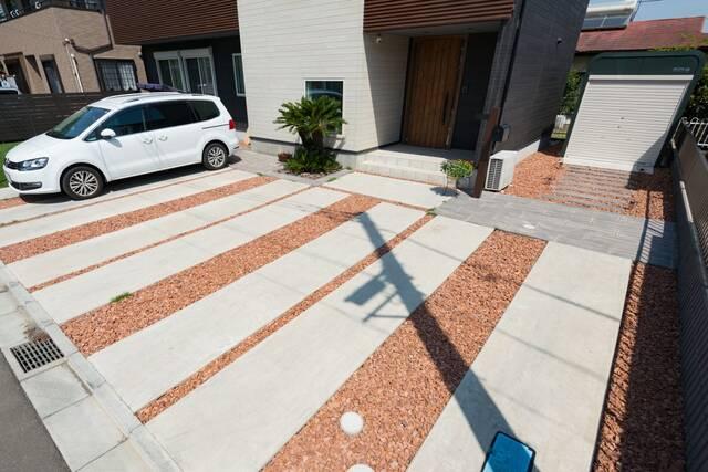 駐車場拡張工事の施工例&費用目安!失敗しないリフォームのポイントは?