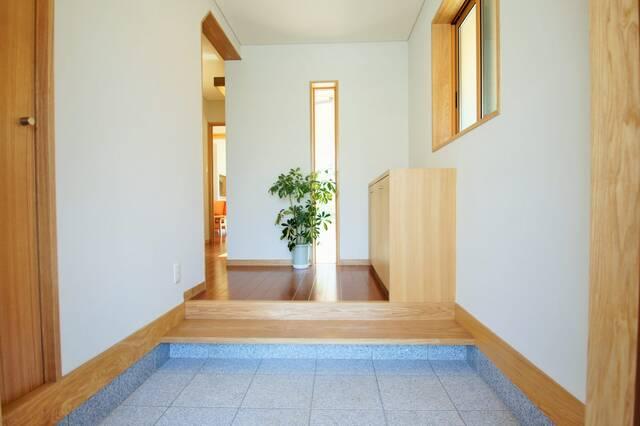 風水で玄関からツキを呼び込む!オススメ開運インテリアの作り方