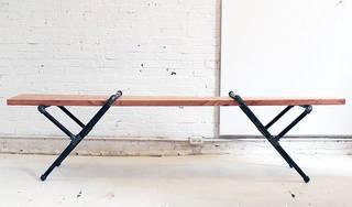 ベンチをDIY!座って良し、物を置いて良しの実例&アイデア | DIYer(s)