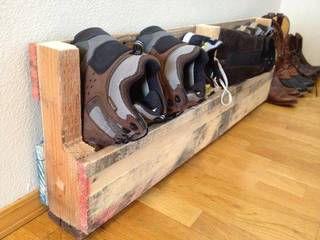 雨の日に備えて、濡れた靴置き場をDIY!