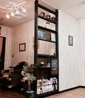 2X4を使ってパーテーション&棚をDIY! | tamakenさんの投稿