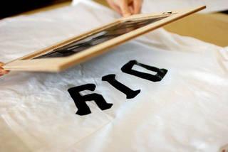 シルクスクリーンとアイロンプリントでTシャツを自作!