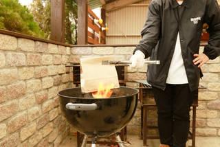 紙袋に卵をin!炎にon!目玉焼きがdon! | DIYer(s)