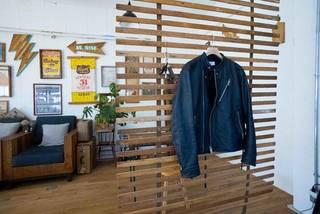 もっと自由に間取りを仕切る!古材とベルトで作るDIYパーテーション | DIYer(s)│リノベと暮らしとDIY。