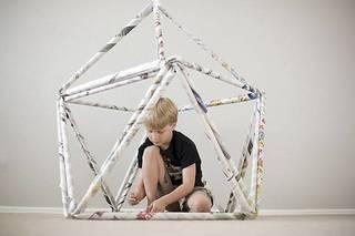 新聞紙を使って遊びながら学べる!ビルディングブロックをDIY | DIYer(s)│リノベと暮らしとDIY。