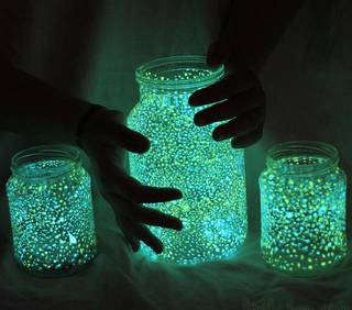 キャンプなどの就寝時に使える、メイソンジャーと蓄光ペイントで照明をDIY | DIYer(s)│リノベと暮らしとDIY。
