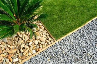 庭に砂利を敷く!化粧砂利の施工例とオシャレな庭作りのヒント | DIYer(s)│リノベと暮らしとDIY。